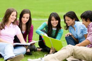 2015117-18245511-4544-group-study1